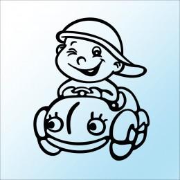 Samolepka dítě v autě Kluk a auto